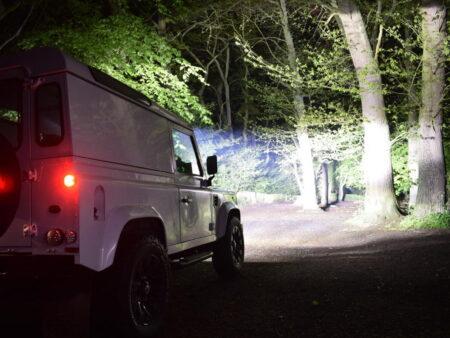 Land Rover Defender sada pro střešní uchycení