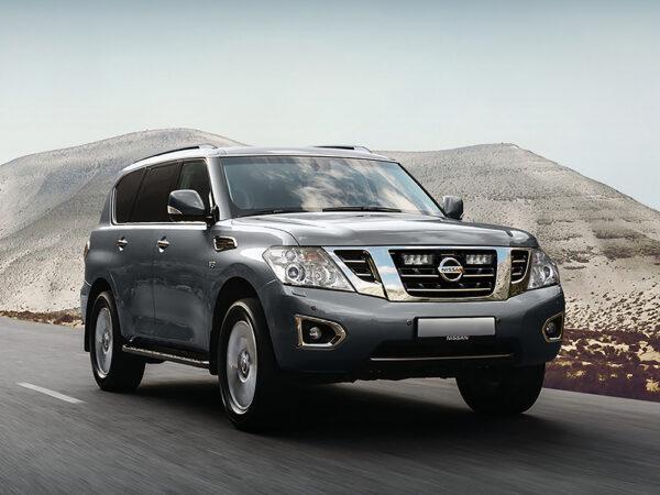 Nissan Patrol Y62 (4. řada) – Sada pro osvětlení do mřížky chladiče